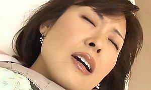 Hitomi Kurosaki Of age East spread out