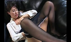 Flight attendant illegality masturbating in her pantyhose