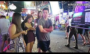 Thai Cuties in Pattaya Walking Street Thailand!